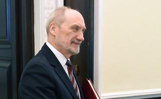 Macierewicz: 16 tys. osób zapisało się do Obrony Terytorialnej