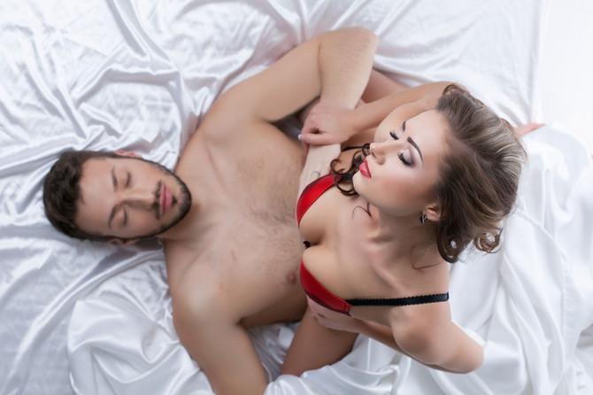 Muške seksualne orgije