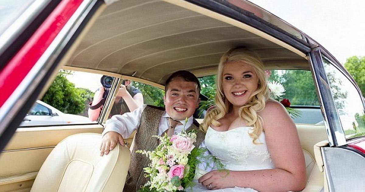 Big Step Dwarf groom brings special ladder to church on his ...