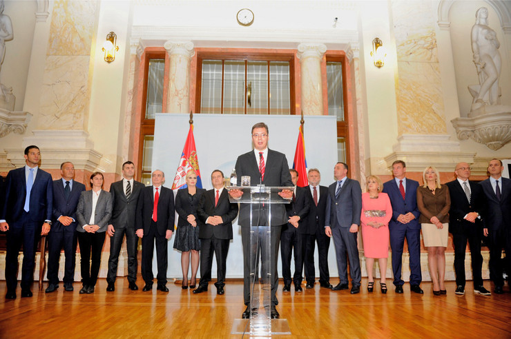 aleksandar vucic ministri Vlada Srbije01 zakletva skupstina foto o bunic