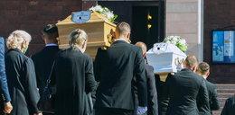 Tragedia w Białymstoku. Bliscy pożegnali Joannę i jej córeczkę Izę
