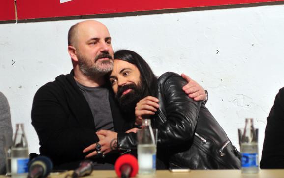 Kokan Mladenović i Božo Vrećo koji igra Koštanu