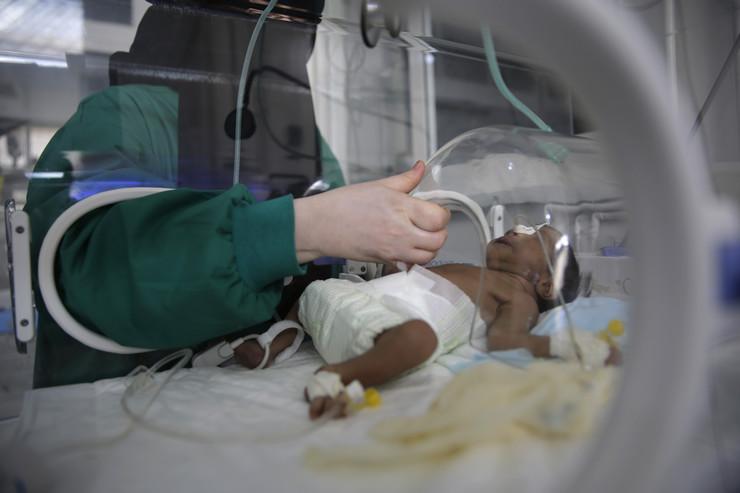 Jemen, deca, rat