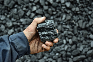 Państwowe straty z węgla. Koszty utrzymywania brudnej energetyki będą nadal rosły