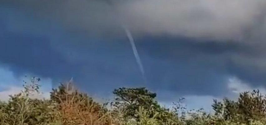 Trąby powietrzne w rejonie Półwyspu Helskiego! Niezwykłe zjawisko nad Bałtykiem. ZDJĘCIA I WIDEO