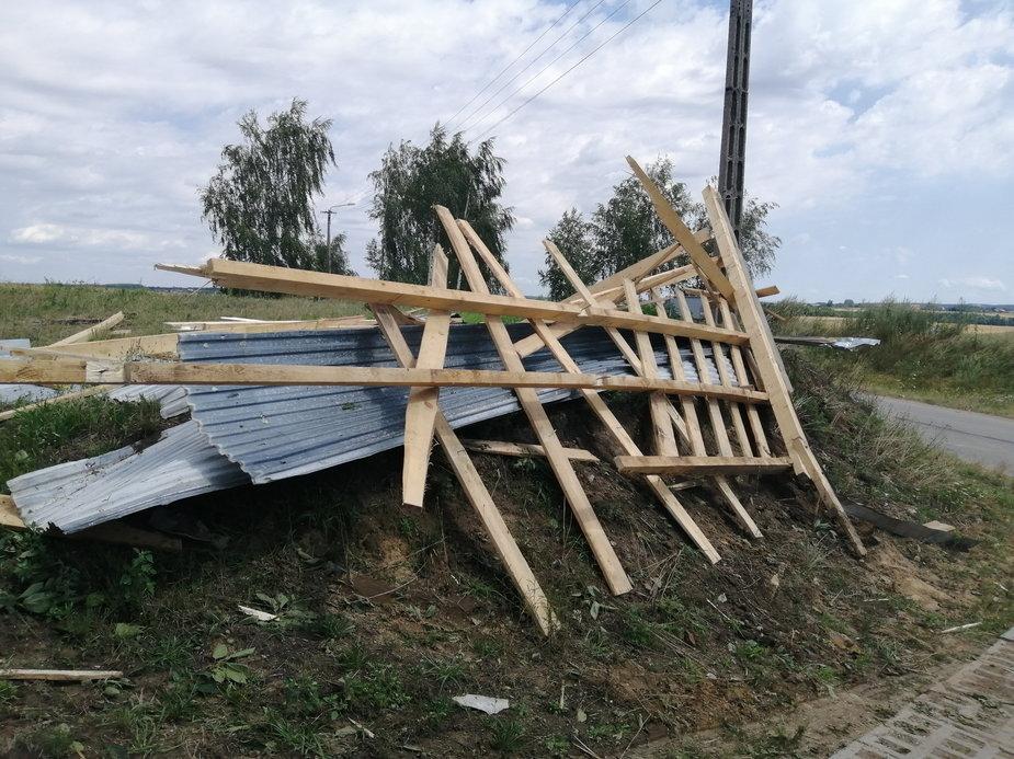 Skutki nawałnicy w pow. wieluńskim