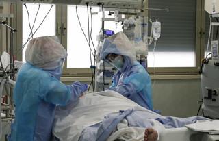 USA: Pekin kłamał o wirusie, a po cichu robił zakupy sprzętu