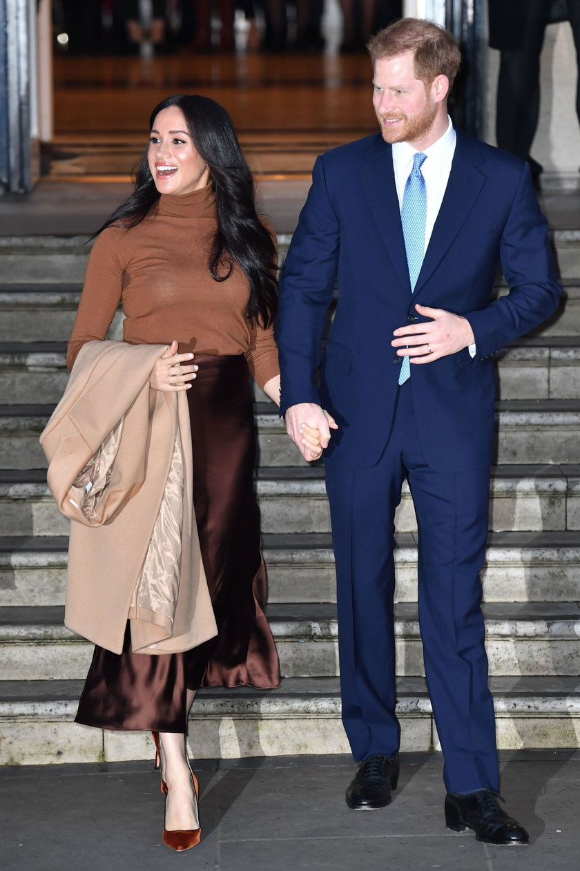 Książę Karol i William wściekli. Tak ukarzą Harry'ego i Meghan?