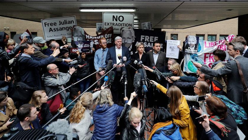 Londyn: Julian Assange usłyszał wyrok. Założyciel WikiLeaks skazany na więzienie