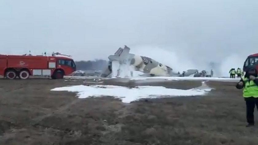 Katastrofa lotnicza w Kazachstanie! Na lotnisku w Ałmaty rozbił się An-26