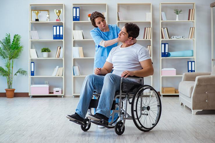 mozdani-udar-bolest-pacijent-doktor-foto-shutterstock