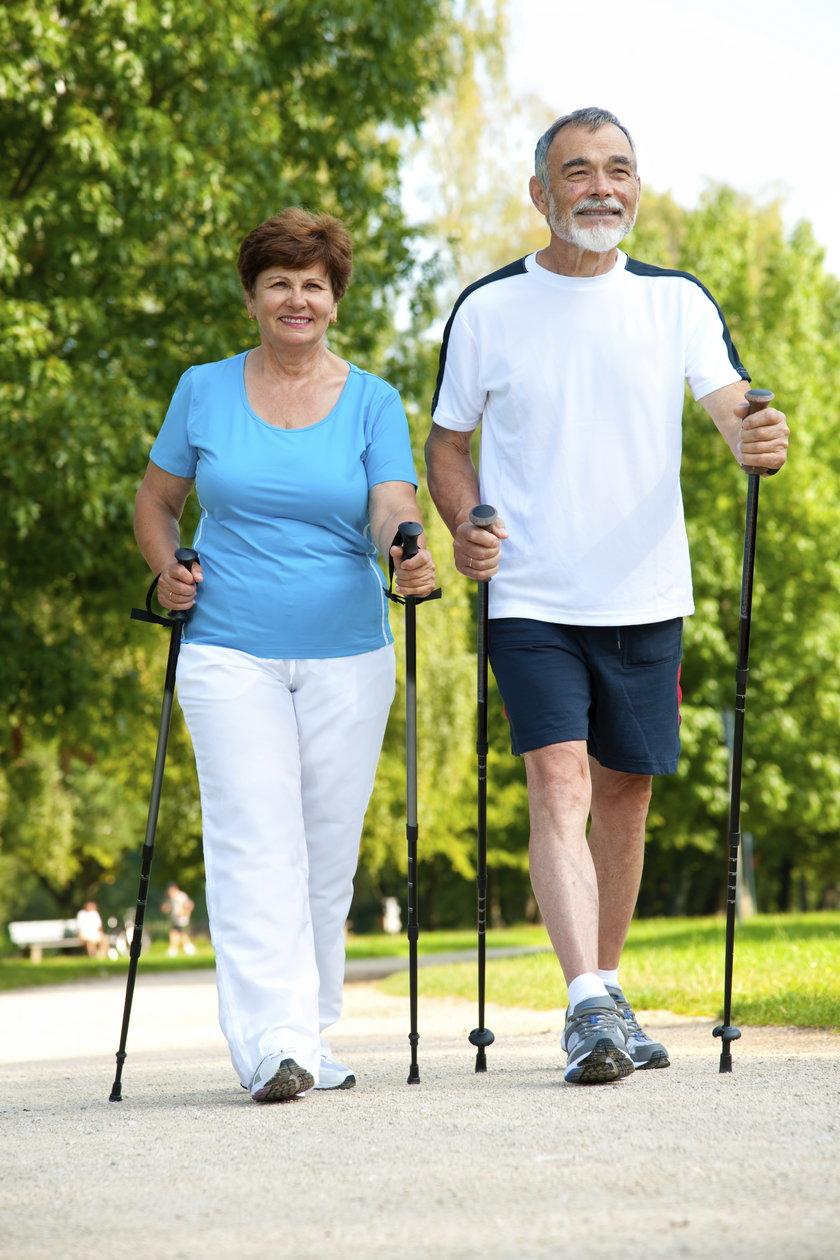 Kiedy się ruszamy korzysta nasze serce, płuca. Ruch pomaga obniżyć cholesterol, wyregulować nadciśnienie oraz chroni przed osteoporozą