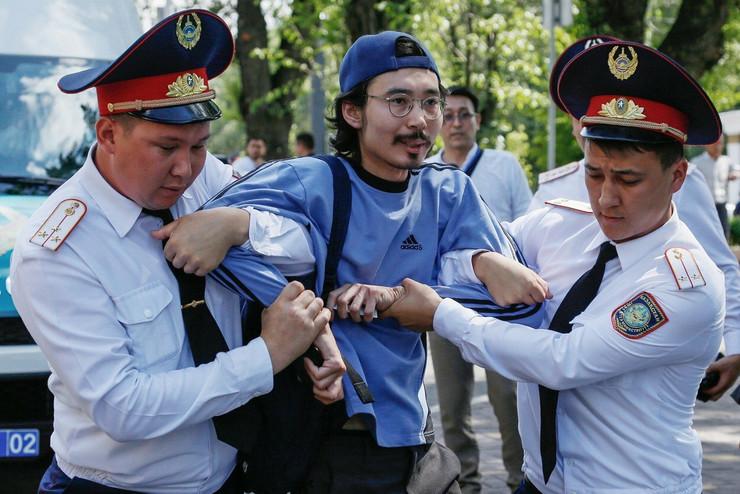 kazahstan protest