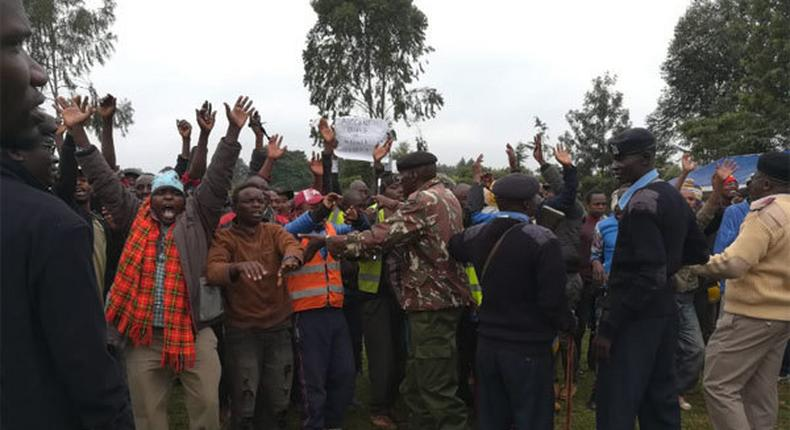 File image of a crowd at a political eventi. Hostile mourners roughed up Kimilili MP Didmus Barasa in Kimilili, forcing him to cut short his speech