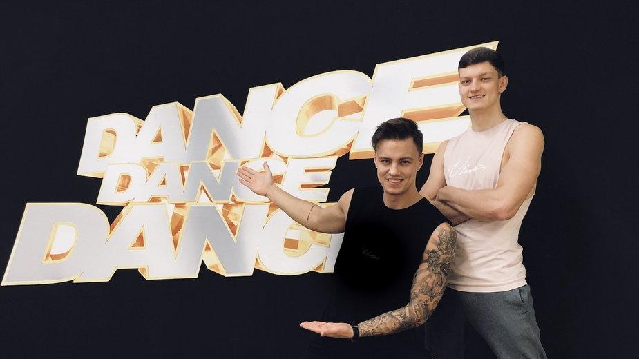"""""""Dance, dance, dance"""""""
