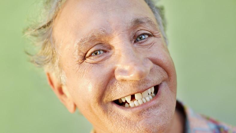 Czy Polacy umieją dbać o zęby?