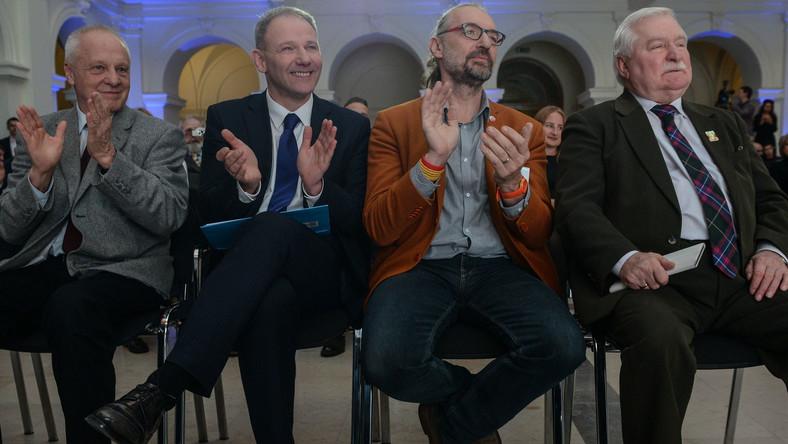 Stefan Niesiołowski, Jacek Protasiewicz, Mateusz Kijowski, Lech Wałęsa