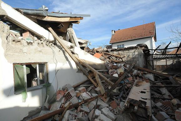 Kuća u kojoj su poginuli Natalija i Siniša Tašić