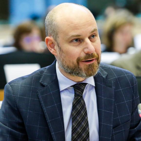 Evroparlamentarci pozivaju celu opoziciju da učestvuje u razgovorima o izbornim uslovima