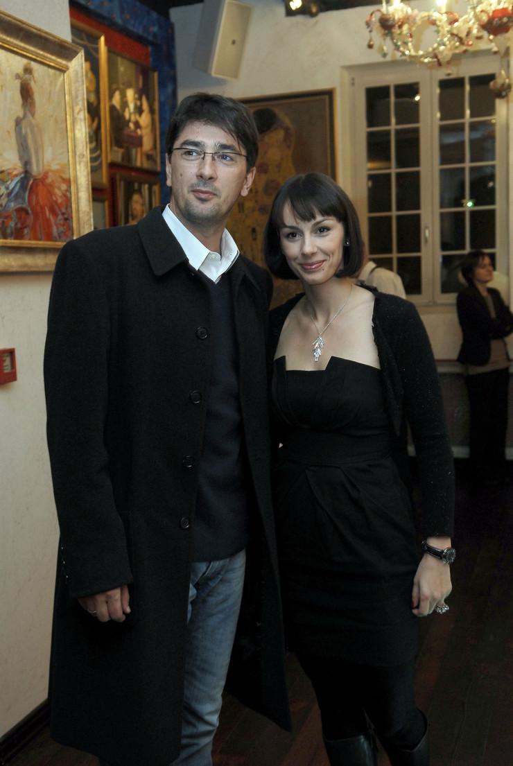 Uživa u braku sa kolegom Vojinom Ćetkovićem