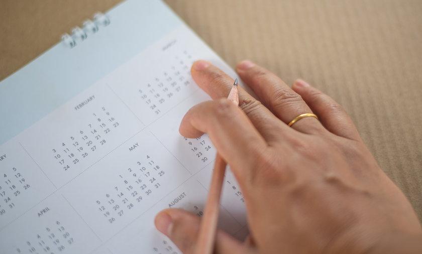 Rozważanych jest kilka wariantów wydłużenia przysługujących dni urlopu.