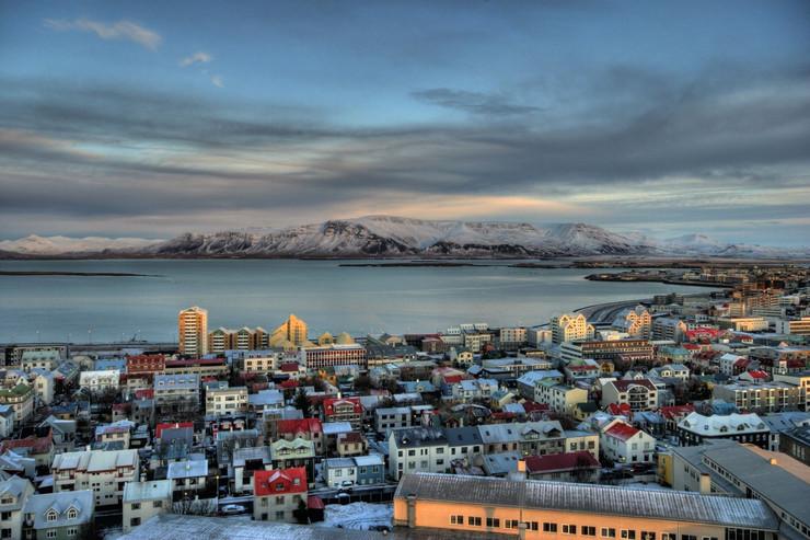MINUT ĆUTANJA I POEZIJA ZA KRAJ! Održana komemoracija prvom nestalom glečeru Islanda!
