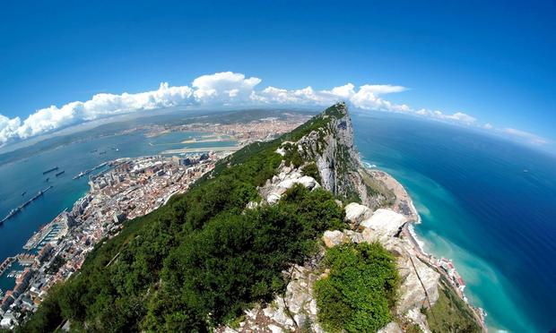 Gibraltar, widok na północ ze Skały Gibraltarskiej