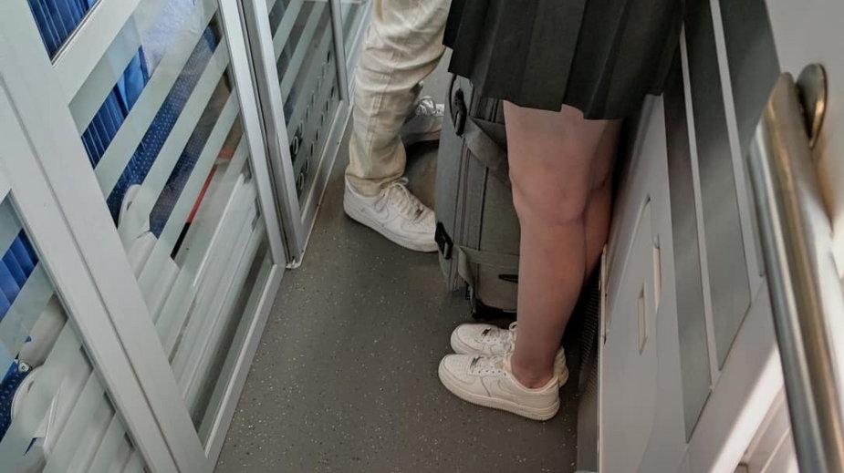 Ścisk w pociągu, jak za starych czasów