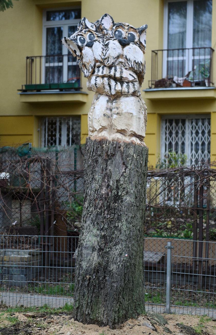 Drewniane zwierzaki na wolskich podwórkach