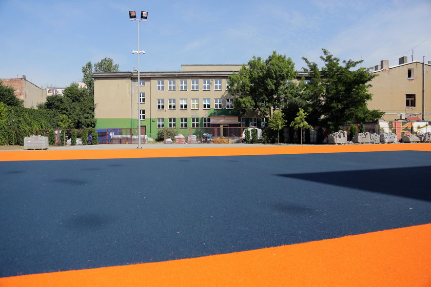 budowa boiska w Łodzi