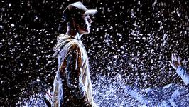 Scena deszczu podczas show Justina Biebera w Krakowie