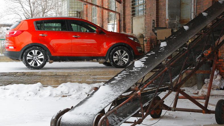 Nowa Kia Sportage to samochód, który swoimi atutami skusił już ponad 3300 Polaków. My sprawdziliśmy w teście wady i zalety tego modelu.