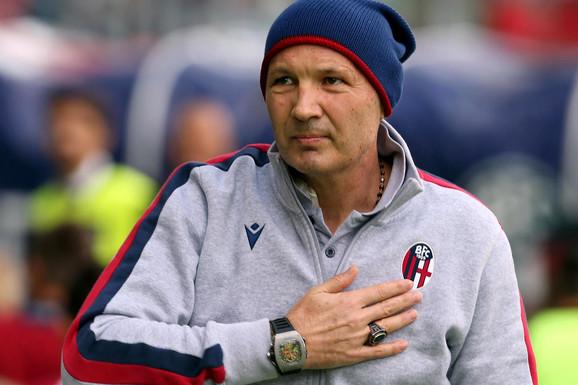 DRŽ' SE, LEGENDO! MIHAJLOVIĆ PONOVO U BOLNICI Nakon što je HEROJSKI vodio ekipu protiv Juventusa, MIHA NASTAVLJA BORBU!