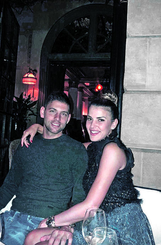Filip Krajinović sa devojkom