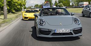 Ile zarabia Porsche na jednym aucie?