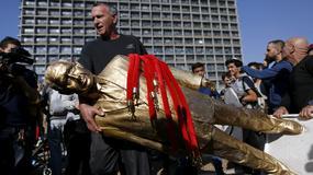 Pozłacany pomnik Netanjahu prowokuje przechodniów i władze