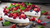 Masz jogurt i owoce? Przygotuj deser