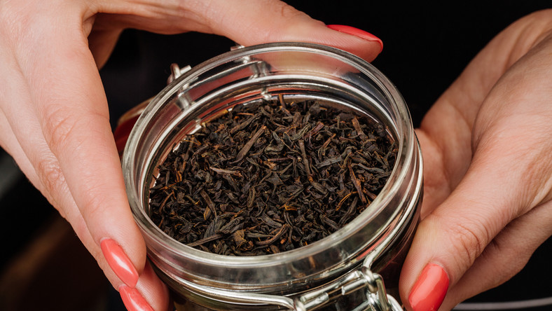 Eksperci Ahmad Tea London podpowiadają, czym różnią się poszczególne gatunki herbat