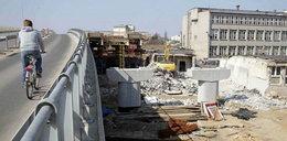 Kable blokują budowę wiaduktu