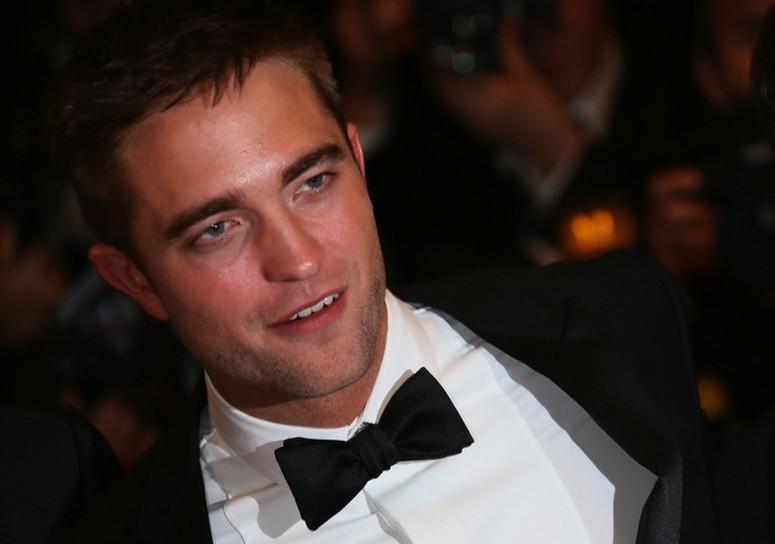 gałązki FKA i Robert Pattinson bezpłatny serwis randkowy perth