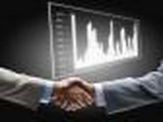 Co się bardziej opłaca podczas tworzenia spółki komandytowo-akcyjnej: wnieść aport czy przekształcić firmę