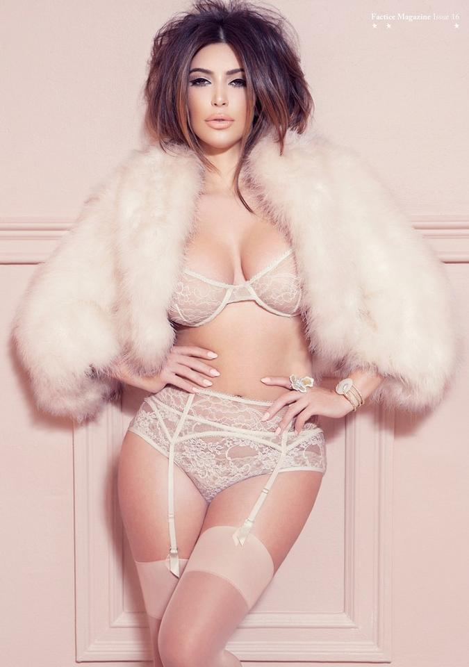 Kim Kardashian dla magazynu Factice