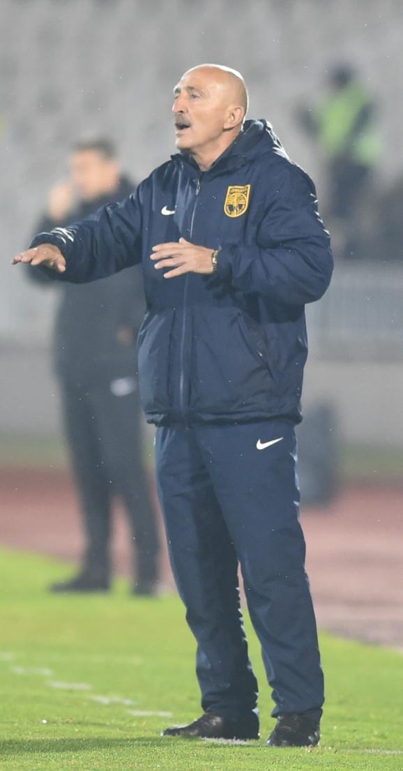 Trener Dinama Radmilo Jovanović