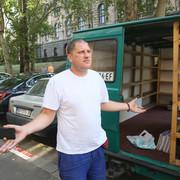 kosovska Goran T ulicni prodavac knjiga 260819 RAS foto oliver bunic 02
