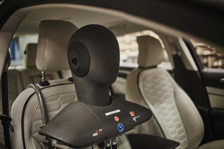 Ford Mondeo Vignale z systemem Sony: procedura testowania przed strojeniem