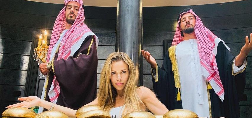 """Doda zorganizowała pokaz """"Dziewczyn z Dubaju"""". Na sali nie zabrakło gwiazd głośnego filmu"""