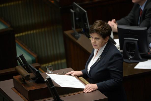 Wicepremier Beata Szydło przemawia w Sejmie.