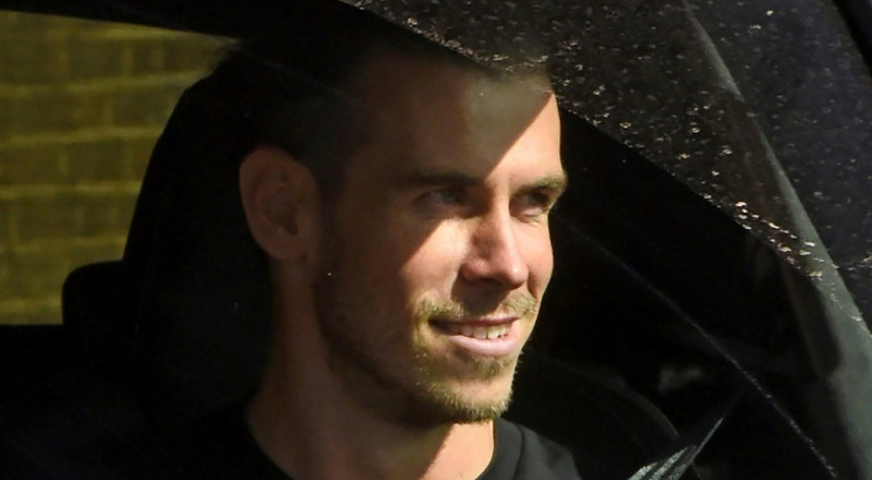 Bale returns to Tottenham on loan, but out until October
