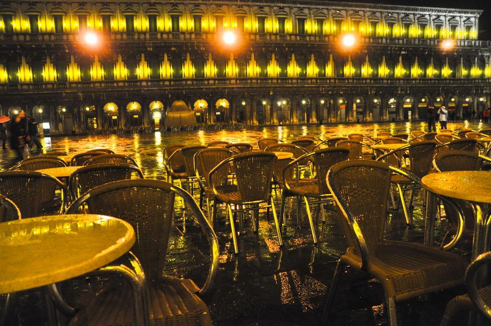Plac św. Marka nocą