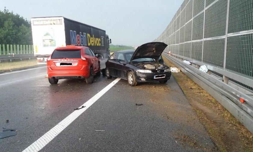 24-letnia kobieta została ranna w wypadku na A4